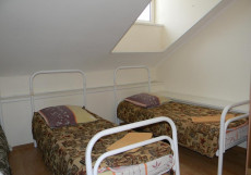 АВИТА I  Кровать в общем номере с 3 кроватями