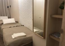 Weekend Place | м. Фрунзенская | Wi-Fi Двухместный номер с 2 отдельными кроватями и общей ванной комнатой