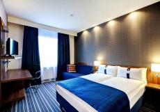 Holiday Inn Express Voronezh Kirova Стандартный номер с 1 двуспальной кроватью и диваном