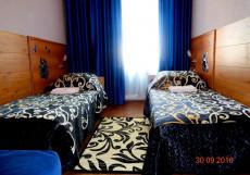 Север   м. Площадь Восстания   Wi-Fi Стандартный двухместный номер с 2 отдельными кроватями и общей ванной комнатой