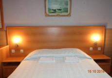 Север   м. Площадь Восстания   Wi-Fi  Стандартный двухместный номер с 1 кроватью и общей ванной комнатой
