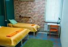 Nice Hostel on Peterburgskaya   Казань   Парковка Улучшенный трехместный номер
