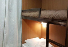 Хостел Французоff Кровать в общем 4-местном номере для мужчин и женщин