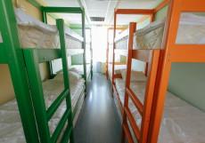 На Нахимовском Проспекте | м. Каховская | Парковка Кровать в общем 8-местном номере (мужской/женский/общий)