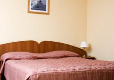 ГОСТИНЫЙ ДОМ Люкс (двухкомнатный) с большой кроватью