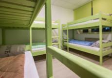 Jazz House Hostel  Кровать в общем 8-местном номере для мужчин и женщин