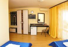 Центральный | Геленджик | Парковка Двухместный номер с 1 кроватью или 2 отдельными кроватями