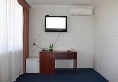 Кавказ-Отель   Минеральные Воды   Парковка Стандартный двухместный номер с 1 кроватью или 2 отдельными кроватями