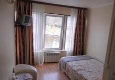 Лакада | Грибки   | Парковка Бюджетный двухместный номер с 1 кроватью и видом на озеро
