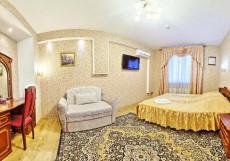 Славия   Нижний Новгород   Wi-Fi Двухместный номер с 1 двуспальной кроватью и дополнительной кроватью