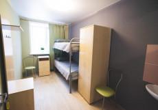 Нефтяник | Пермь Кровать в общем номере с 2 кроватями