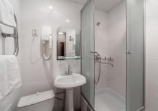 Яротель Центр - Yarhotel Centre (своя Парковка) Двухместный номер с 1 кроватью