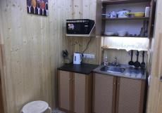 Дом с камином | Троицк | Парковка Двухместный номер с 1 двуспальной кроватью и дополнительной кроватью