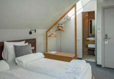 Дипломат Резиденс | Diplomat Residence Hotel | Станция метро Полянка | Парковка Улучшенный двухместный номер с 1 кроватью или 2 отдельными кроватями