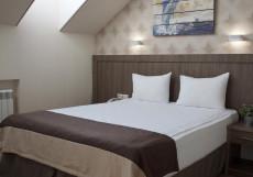 Хемингуэй   Hemingway   Краснодар   Парковка Двухместный номер бизнес-класса с 1 кроватью или 2 отдельными кроватями
