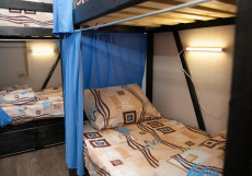 Lighthost   м.  Марксистская   Wi-Fi Кровать в общем 10-местном номере для мужчин