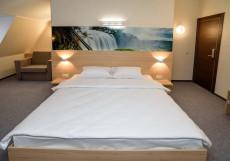 Aura Aquarelle Hotel Улучшенный номер с кроватью размера