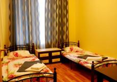 GooDHoliday   м. Садовая   Wi-FI Бюджетный двухместный номер с 2 отдельными кроватями