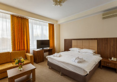Devon Medical & Spa  (м. Бабушкинская, м. Медведково) Улучшенный двухместный номер с 1 кроватью