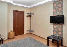 Элле - Elle (м. Проспект Большевиков) Двухместный номер с 1 кроватью или 2 отдельными кроватями и общей ванной комнатой
