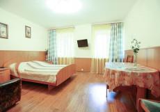 Новосел | Уфа | Wi-Fi Двухместный номер Делюкс с 1 кроватью (на 2 взрослых + 1 ребенка)