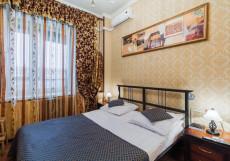 ROYAL CAPITAL | м. Горьковская | Wi-Fi Стандартный номер с кроватью размера «king-size» и видом на город
