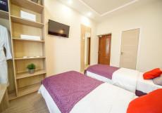 Питер | м. Спортивная | WI-FI Стандартный двухместный номер с 1 кроватью или 2 отдельными кроватями и видом на внутренний дворик