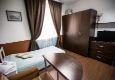 СТАРАЯ МОСКВА (м. Китай-город, Кремль) Трехместный номер эконом-класса с общей ванной комнатой - ул. Маросейка, 13, строение 1