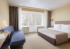 Парк-отель ЗВЕНИГОРОД | г. Звенигород | Парковка Улучшенный двухместный номер с 1 кроватью или 2 отдельными кроватями - Здание 5