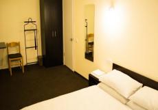 South West | м. Площадь Гагарина | Парковка Стандартный двухместный номер с 1 кроватью и общей ванной комнатой