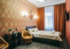Happy | м. Чеховская | Wi-Fi Семейный номер с собственной ванной комнатой