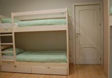 Лайм | м. Чистые пруды | Wi-Fi Спальное место на двухъярусной кровати в общем номере для женщин