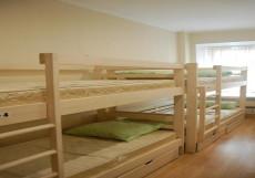 Лайм | м. Чистые пруды | Wi-Fi Спальное место на двухъярусной кровати в общем номере для мужчин и женщин
