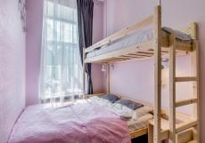 Астра на Басманном | м. Красные ворота | Wi-Fi Трехместный номер эконом-класса с общей ванной комнатой