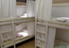 Плед на Самотёчной | м. Цветной бульвар | Wi-Fi Кровать в общем номере для мужчин с 4 кроватями