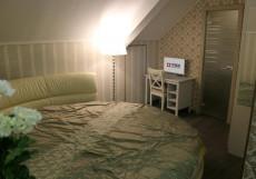 Плед на Самотёчной | м. Цветной бульвар | Wi-Fi Номер с круглой кроватью размера «king-size» и ванной комнатой