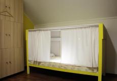 Плед на Самотёчной | м. Цветной бульвар | Wi-Fi Двухъярусная кровать в общем номере с 7 кроватями