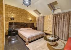 Шелтон | м. Добрынинская | Wi-Fi Номер Делюкс с кроватью размера
