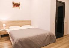Калинина 8 (В Центре) -  Заботливый Персонал Стандартный номер с двуспальной кроватью