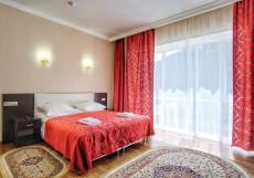 Кавказ (Катание На Лыжах) - Красивый Вид Двухместный номер Делюкс с 1 кроватью (для 2 взрослых и 1 ребенка)