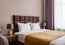Florinn (Флоринн) - Стильные Номера Номер с двуспальной кроватью и диваном-кроватью