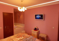 ТРОЙКА (Troyka) - Домашний Уют Улучшенный двухместный номер с 1 кроватью и гидромассажной ванной