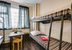 Берлога - Недорогие Номера Односпальная кровать в 10-местном общем женском номере