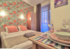 Happy Guests Hotel Domodedovo - Яркие Номера Улучшенные апартаменты
