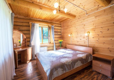 Дом Отдыха Серебряный Век (на берегу Оки) Коттедж с 3 спальнями