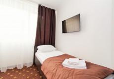 Атрия (Возле Аэропорта) - Чистота И Уют Большой двухместный номер с 2 отдельными кроватями