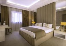 Paris Hotel Yerevan - Париж Ереван - В Центре Люкс