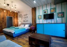 Зеленый театр Номер-студио Делюкс с кроватью размера