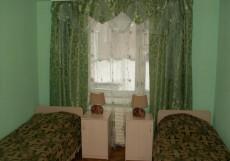 Успех (Парк Зеленая Роща) - Классические Номера Трехместный номер с общей ванной комнатой
