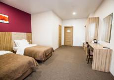 Sky Lux Hotel - Скай Люкс Отель Улучшенный двухместный номер с 2 отдельными кроватями